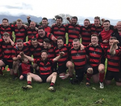 Seniors win Promotion to Division 2!